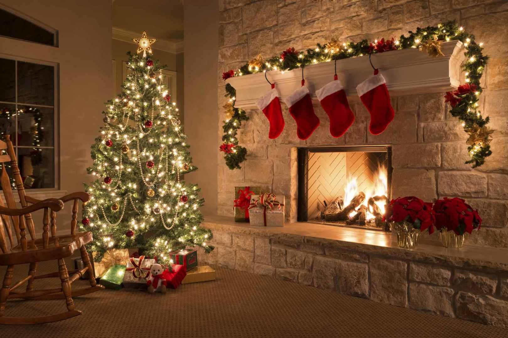 Resultado de imagem para O Natal e o altar pagão