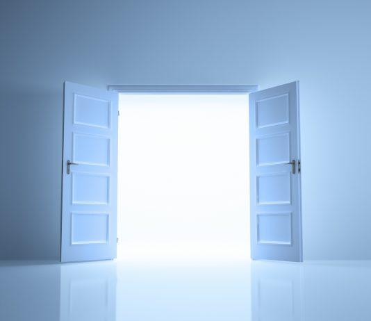 portas que se abrem